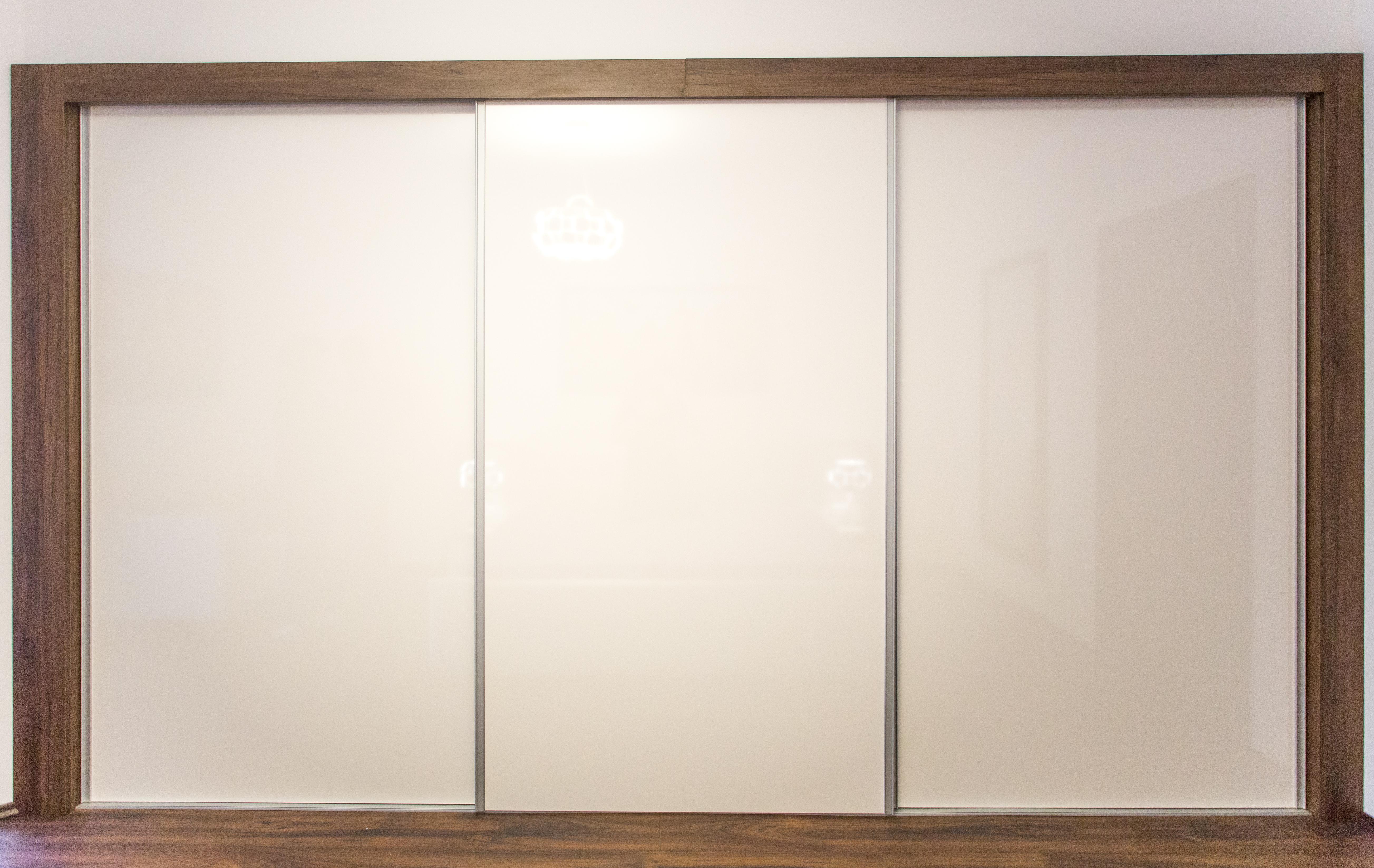 Beépített gardrób szekrény