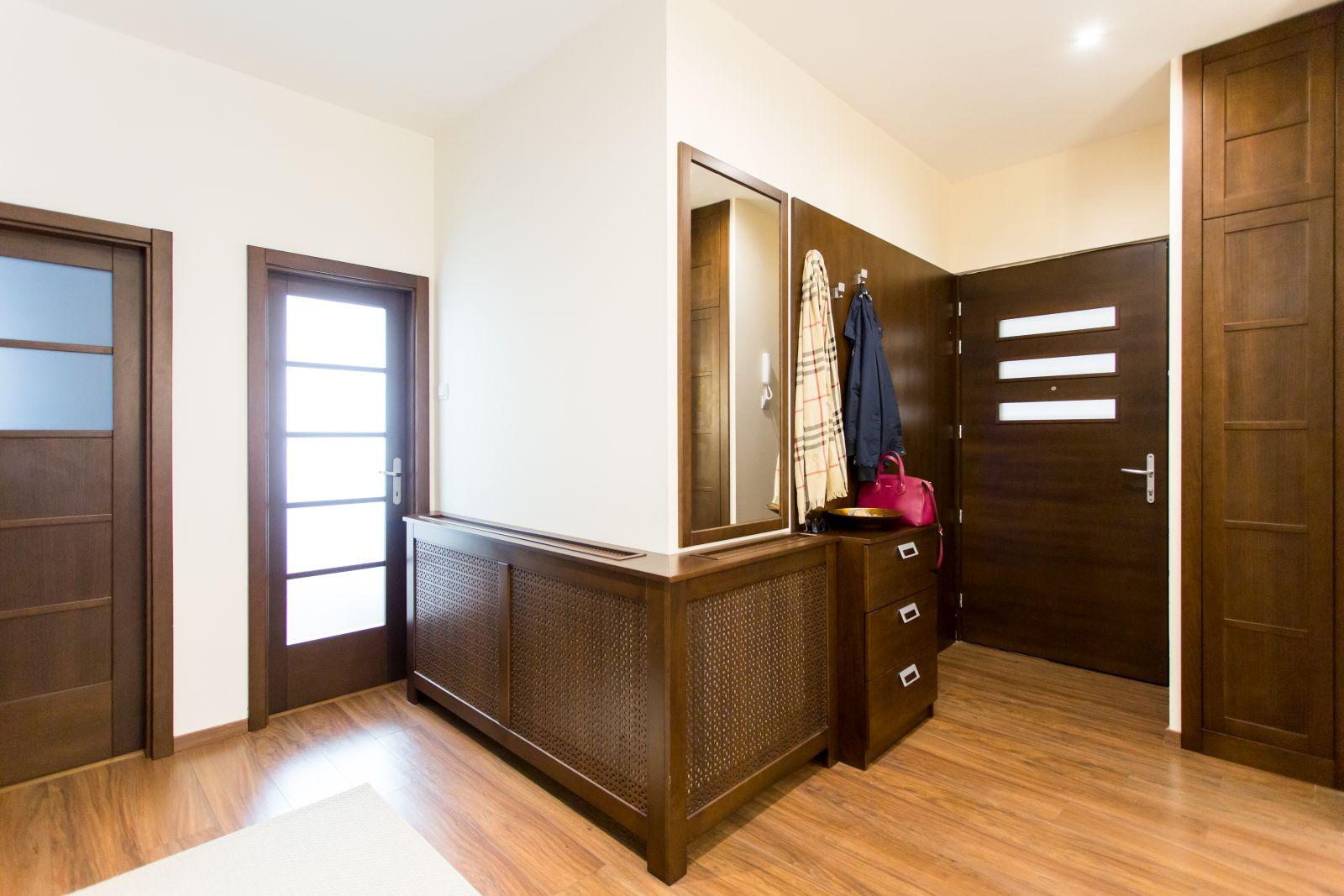 Bükkfa és bükk furnérozott beltéri ajtó
