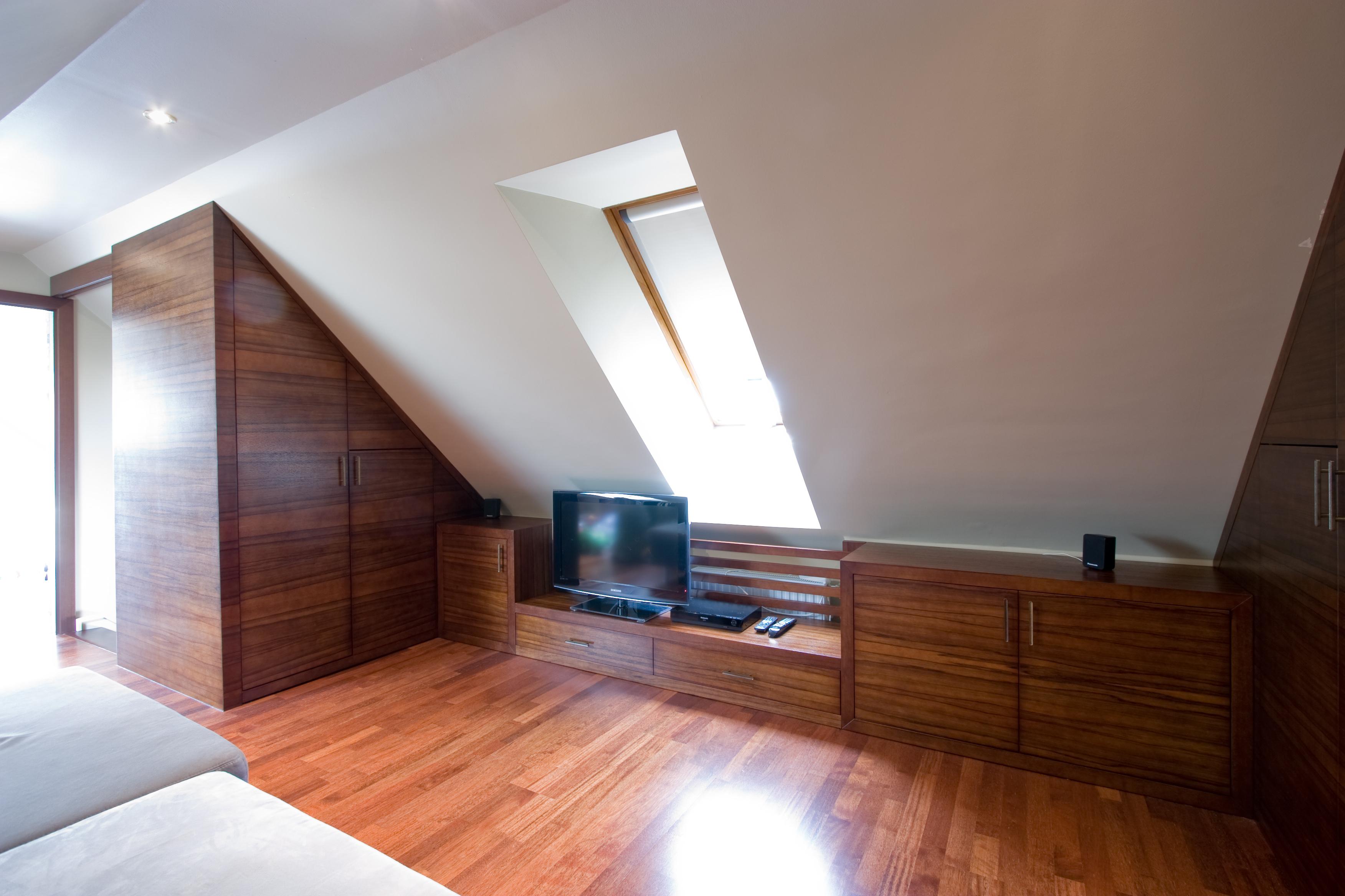 Frakenoir fa furnérozott hálószoba bútor