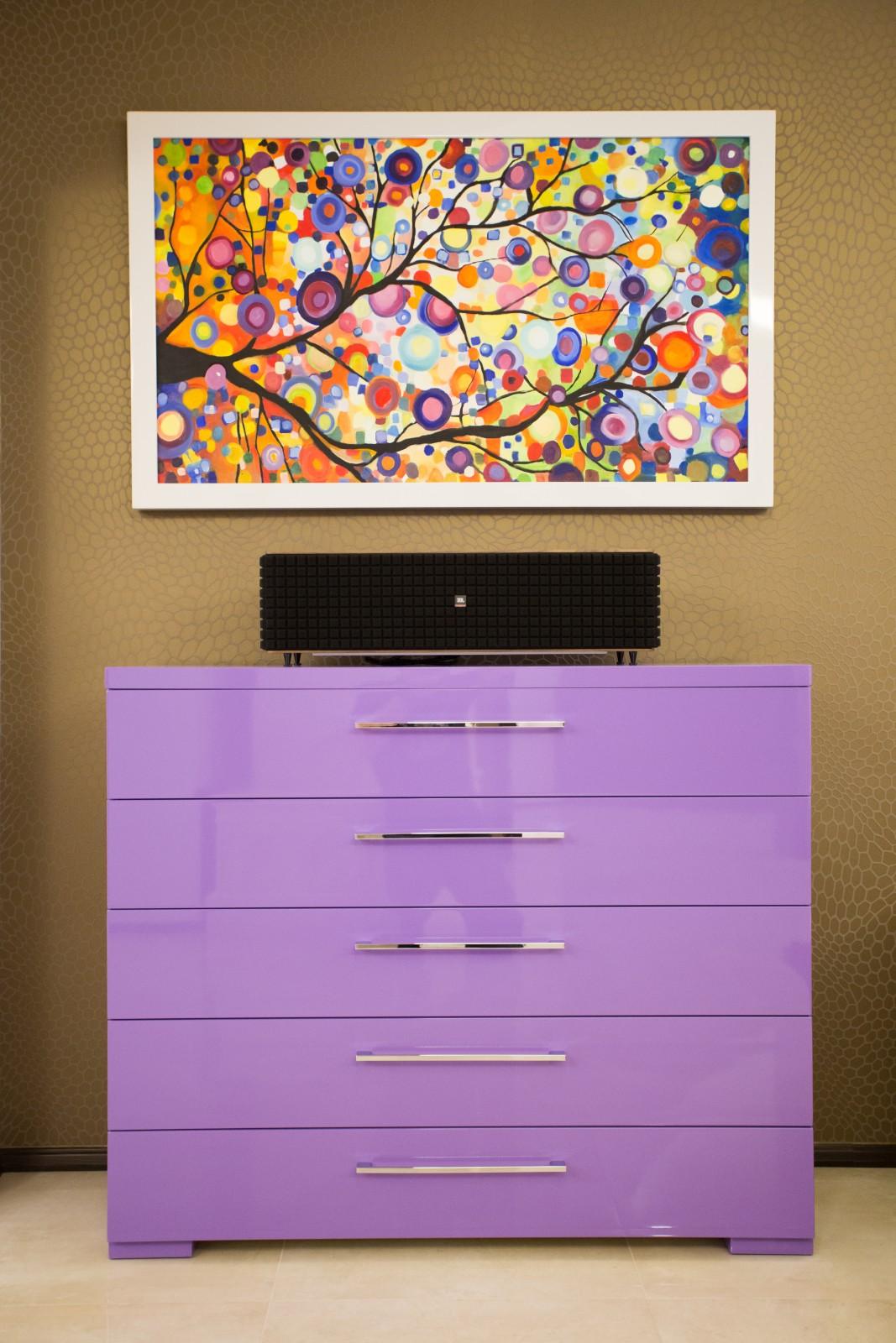 Minimál stílusú, magas fényű festett MDF nappali bútor