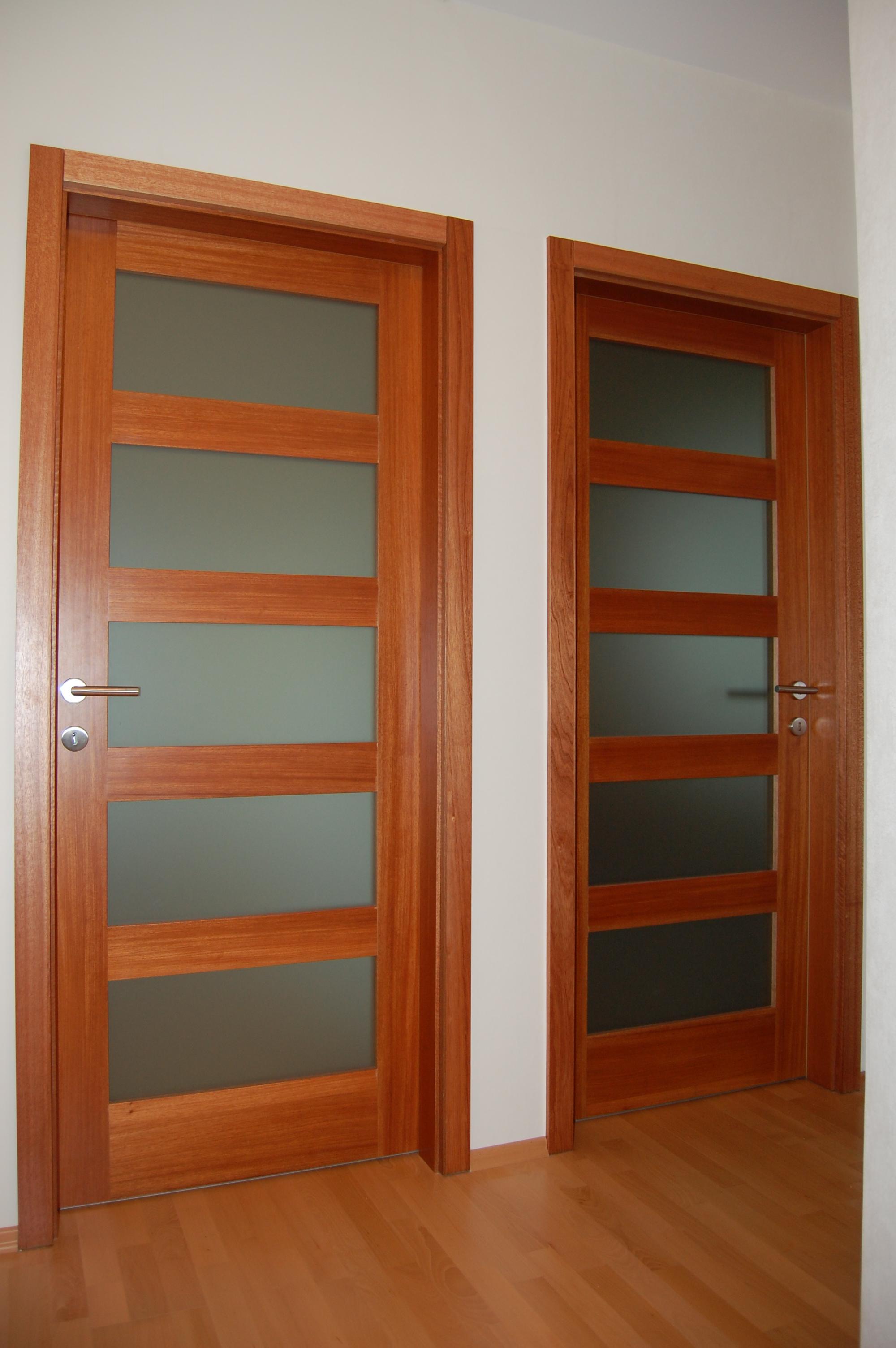 Modern belső ajtó, tolóajtó