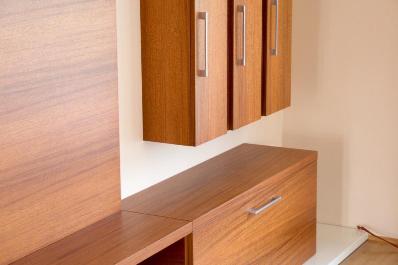Modern meranti nappali bútor