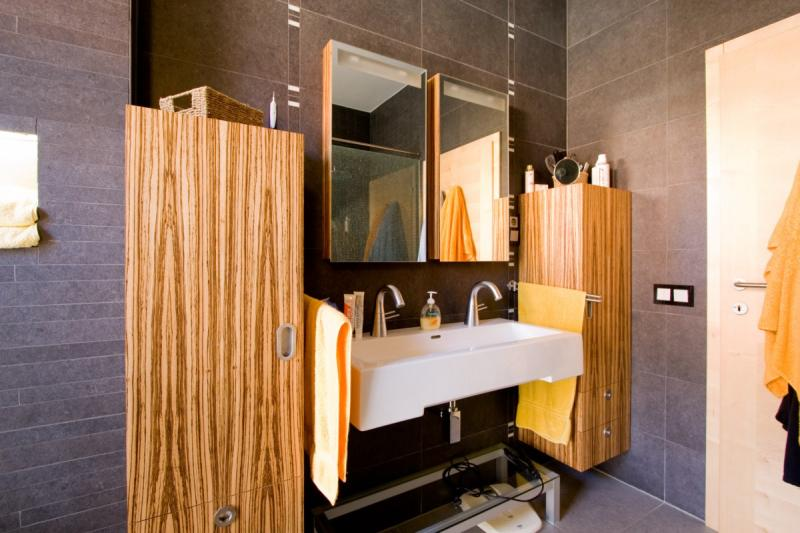 Zebrano fürdőszoba bútor